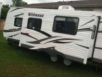 2012 Forest River Wildwood This travel trailer is fully