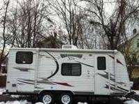 2012 Forest River Wildwood X Lite This travel trailer