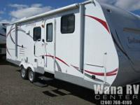 Check out this great  Fun Finder X 262BHS triple bunk