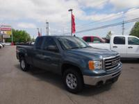 Exterior Color: blue metallic, Body: Extended Cab