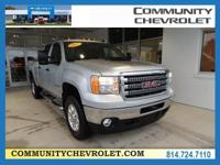 GMC Sierra 2500HD 2012 SLE CARFAX One-Owner. 6-Speed