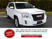 Boasts 32 Highway MPG and 22 City MPG! This GMC Terrain