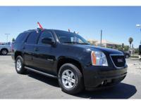 Exterior Color: onyx black, Body: SUV, Engine: 5.3 8