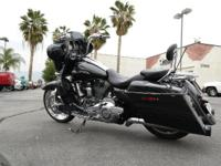 2012 Harley-Davidson CVO Street Glide SCREAMIN EAGLE