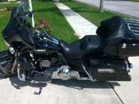 2012 Harley Davidson FLHTK Ultra Limited Vivid Black.