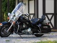This is a 2012 Road king Twin Cam 103CI/1690CC V-Twin