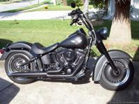 2012 FATBOY ONLY 502 MILES! 103 CI (1687CC)...6 SPEED