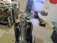 2012 Harley-Davidson Dyna Street Bob , 1 owner, Super