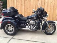 2012 Harley Davidson Tri Glide in Excellent Condition-