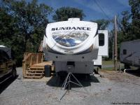 2012 Heartland Camper -sleeps 8 -10 comfortably. Has 3