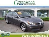 *This 2012 Honda Accord Sdn SE* will sell fast *Leather