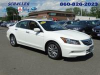 ONE OWNER and CLEAN CARFAX. Accord EX-L, 4D Sedan,