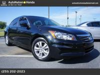 A 2012 Honda Accord Sdn SE! 1 Owner Clean Carfax Heated