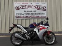 (940) 580-2914 ext.890 2012 Honda CBR 250RThe CBR250R