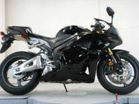 2012 Honda CBR600RR ABS BLACK BEAUTY!!!!!!!