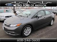 Gas miser!!! 39 MPG Hwy! This fantastic Civic is the