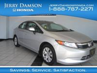 CARFAX 1-Owner. FUEL EFFICIENT 39 MPG Hwy/28 MPG City!