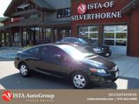This 2012 Honda Civic has a clean Carfax and is Vista