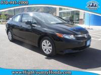 Load your family into the 2012 Honda Civic! This is a