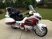 A VERY NICE CUSTOM LEVEL II GOLDWING. HIGHWAY MILES AND