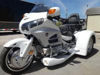 2012 HONDA GOLDWING TRIKE COMPLETELY LOADED! 8,845