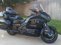 High Def Photos - 2012 Honda Goldwing - Like New - less