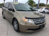 CARFAX 1-Owner, Excellent Condition. EPA 27 MPG Hwy/18
