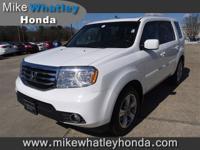 Exterior Color: taffeta white, Body: SUV, Engine: V6
