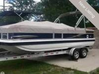 - Stock #76995 - 2012 Hurricane 226 Fun Deck pontoon
