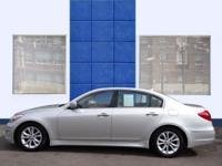 Exterior Color: platinum metallic, Body: Sedan, Engine: