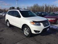 Here's a great deal on a 2012 Hyundai Santa Fe! Packed