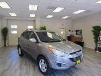 The used 2012 Hyundai Tucson in ROCKAWAY, NEW JERSEY is