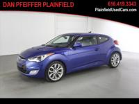 Options:  2012 Hyundai Veloster Base|3Dr Coupe W/Black