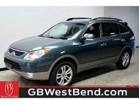 * AWD - LEATHER - MOONROOF - CLEAN CARFAX - BLUETOOTH -