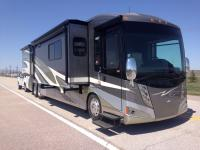 2012 Itasca Ellipse 42QD with 3 slides and 29,900