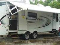 2012 Jayco Eagle. Experience the luxurious design