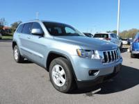 Grand Cherokee Laredo, 4D Sport Utility, 4WD, Winter