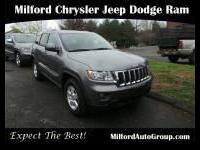 Here's a great deal on a 2012 Jeep Grand Cherokee!