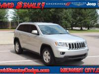 Grand Cherokee Laredo and 4WD. Flex Fuel! Silver