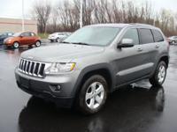 Exterior Color: gray, Body: SUV, Engine: 3.6L V6 24V