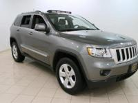 Exterior Color: gray, Body: SUV, Engine: 3.6L V6 24V