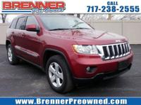 Come see this 2012 Jeep Grand Cherokee . Its Automatic