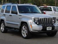 Bright Silver Metallic Clearcoat 2012 Jeep Liberty