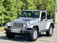 New pictures, ready for the beach. Super clean Jeep
