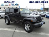 CLEAN CARFAX. Wrangler Unlimited Rubicon, 5-Speed