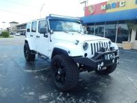 Options:  2012 Jeep Wrangler Unlimited Sahara|***No