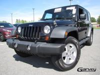 The used 2012 Jeep Wrangler Unlimited in Queensbury, NY