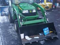 2012 John Deere X728 2012 JOHN DEERE X728 CAB WITH HEAT