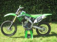 2012 Kawasaki KX250f with not even 30 hours, the bike