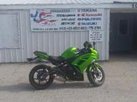 2012 Kawasaki Ninja 650 GOOD CONDITION LOW MILES